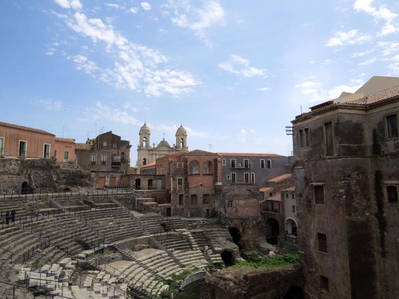 Teatro Romano (Roman theatre)