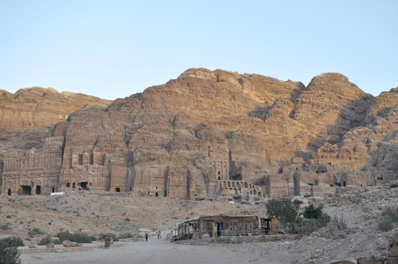 (7)-(13) Tombs